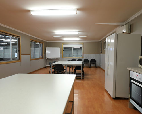 Kitchen / Meeting Room